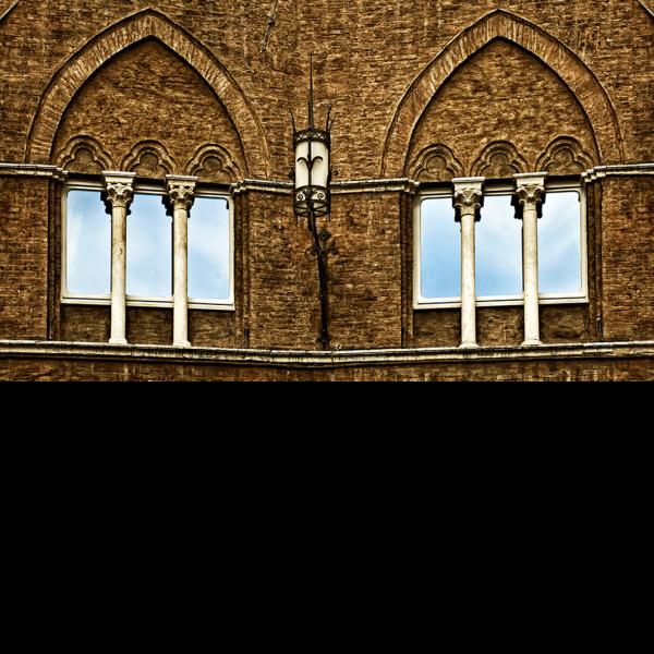 Fenster zur Piazza